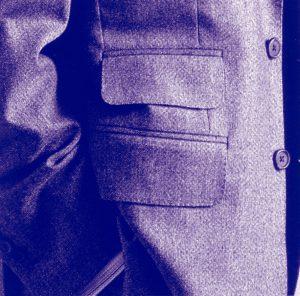 服装スタイルの「謎・不思議」: チェンジポケットの発案者は誰?